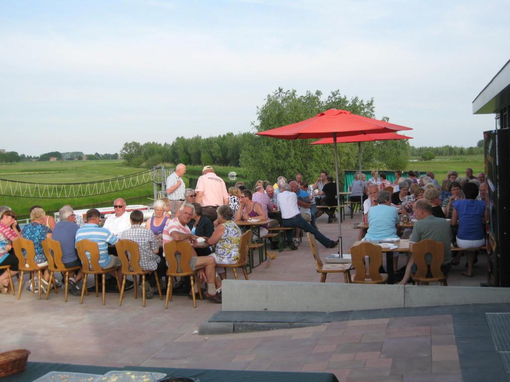 Buffetten en barbecues bij het Panorama Paviljoen